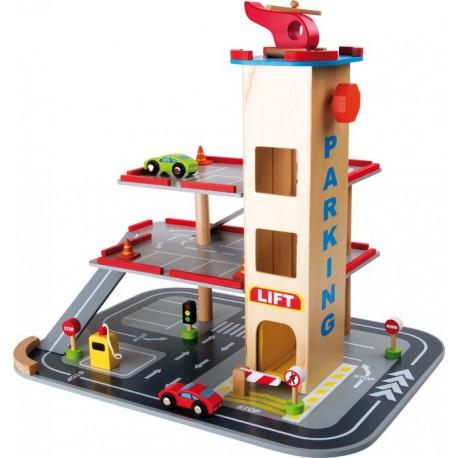 Dřevěný parkovací dům s výtahem a heliportem