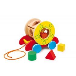 Tahací dřevěná hračka s vkládačkou